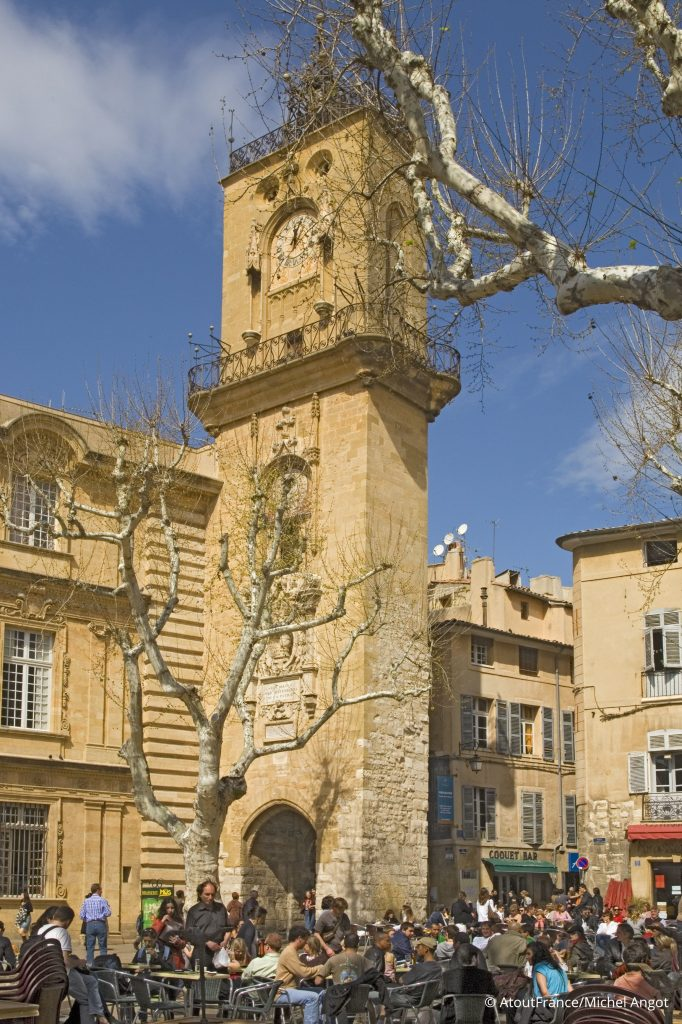 Aix Tour l'horologe@Atout France_Michel Angot