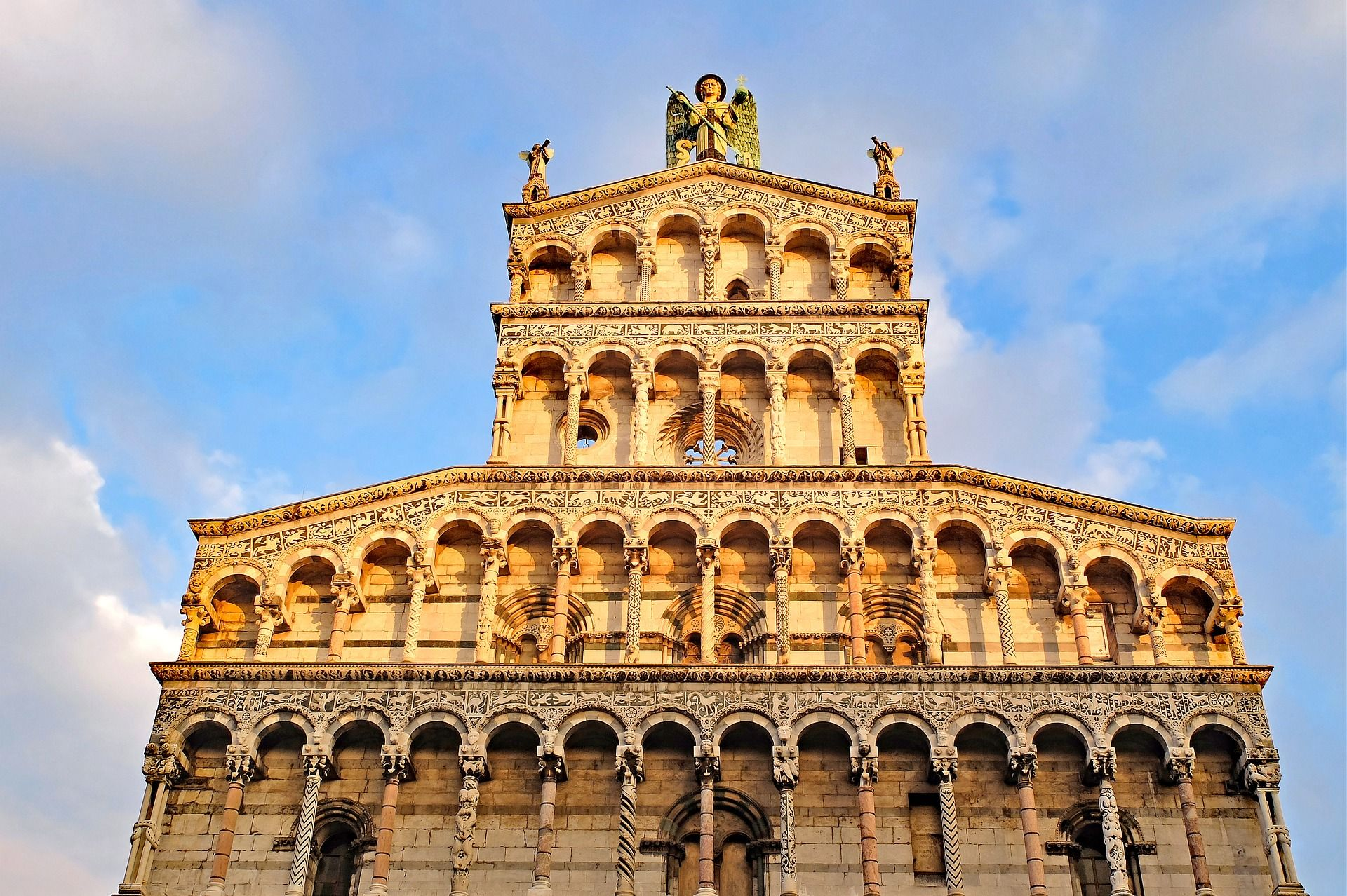 lucca-Dom(c)Pixabay free
